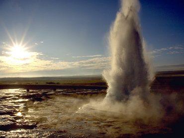 Följ med till Island 2020